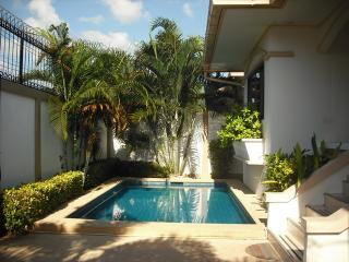 AdG2 - 3 bedroom house with a pool at Jomtien, Pattaya
