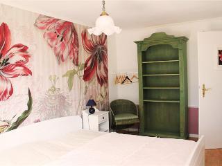 Doppel-oder Zweibettzimmer mit Gemeinschaftsbad