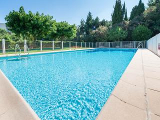 Luxury Apartment : Pool, Garden, 3 Bathroom, WIfi, Cannes