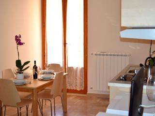 Prestige House Apulia WIFI, Corato
