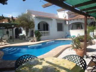 villa  own pool  -  wi fi  -  A/C   - July / Aug, Calpe