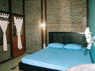 Omah PainiPaijo, private bathroom, Yogyakarta