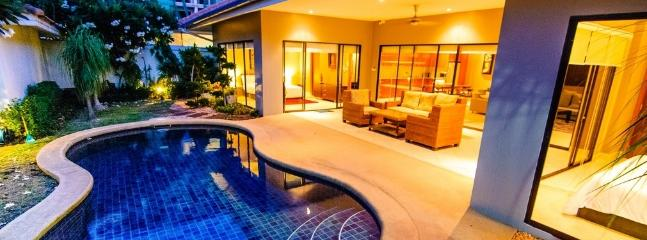 AvG 2 - 3 bedroom cosy villa at Pratumnak soi 5, Pattaya