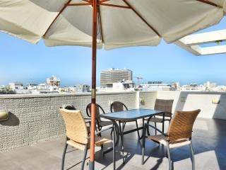 Penthouse Aparments - Gordon Beach view, Tel Aviv