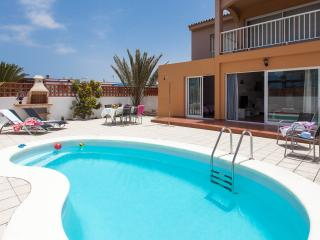 Badel, Unique property with prívate pool., Corralejo