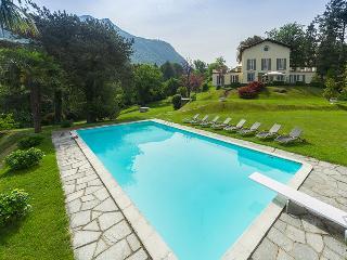 Villa in Laveno, Lake Maggiore, Italy, Laveno-Mombello
