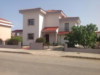 VILLA WITH LARGE POOL, Famagusta