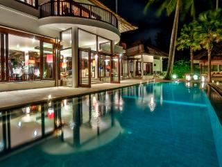Tropical Contemporary Style 4 Bedroom Villa Ocean View, Candidasa;