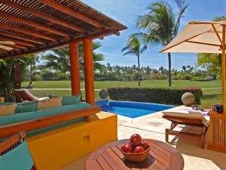 Villa Tamayo - Ideal for Couples and Families, Beautiful Pool and Beach