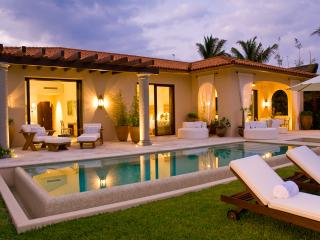 Incredible Villa Esmeralda in Porta Fortuna - Punta Mita