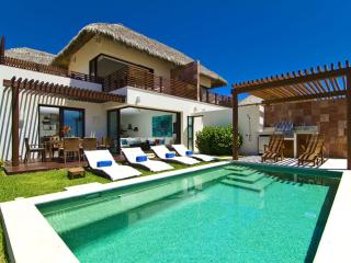 Beautiful 3 Bedroom Villa in Punta Mita, just steps to the beach!, Punta de Mita