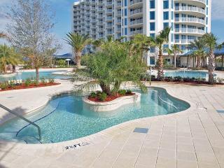 6th floor poolside King 2BR Clean unit local owner, Destin