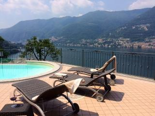 Villa with pool and amazing Lake Como view, Faggeto Lario