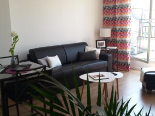 Terrace with view, comfort, lift & parking, Levallois-Perret