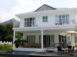 5* Luxury Villa Blanc Beau Vallon beach