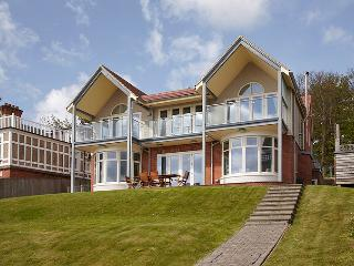 5* Gold  Award Luxury seafront house in Seaview