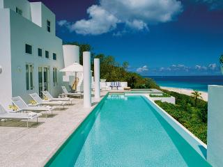 Sea Villa, Sleeps 10, Long Bay Village