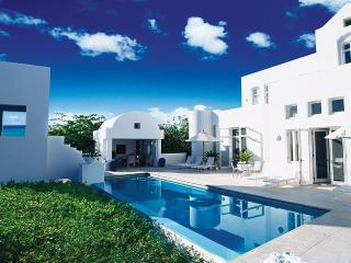 Sky Villa, Sleeps 4, West End Village