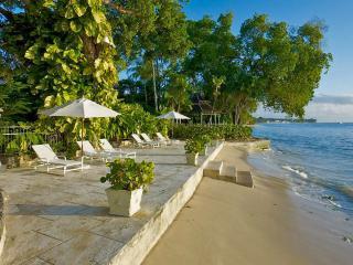 Mango Bay, Sleeps 13, The Garden