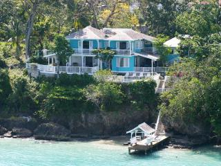 Scotch on the Rocks, Sleeps 10, Ocho Rios