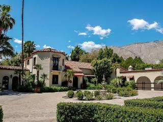 Sandacre, Sleeps 10, Palm Springs