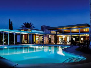 Twin Palms Sinatra Estate, Sleeps 8, Palm Springs