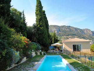 Villa Margarita Beaulieu, Sleeps 8