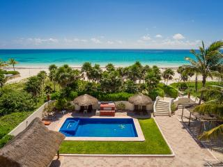 Sol Y Luna, Sleeps 10, Playa del Secreto