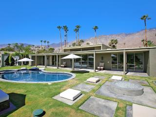 Canyon Green, Sleeps 8, Palm Springs