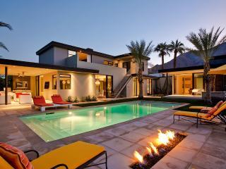 Kir Royale, Sleeps 8, Palm Springs