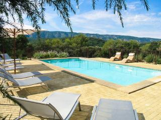 La Colline, Sleeps 14, Oppede