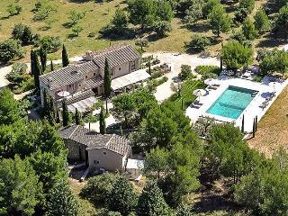 Chez Jean Claude, Sleeps 14, Les Baux de Provence