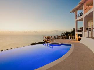 Akasha - Cap Estate, Sleeps 12