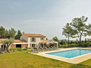 La Pinede, Sleeps 10