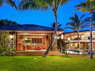 Royal Kailua Estate, Sleeps 16