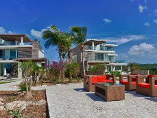 Ani South, Sleeps 12, Anguilla