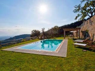 Villa Tegognano, Sleeps 8, Cortona