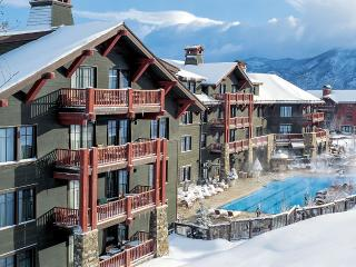 Ritz Carlton Three Bedroom, Sleeps 8, Aspen
