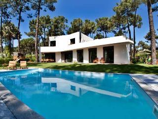Villa Aroeira, Sleeps 8, Lourinha