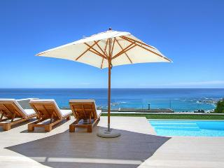Sasso House, Sleeps 7, Camps Bay
