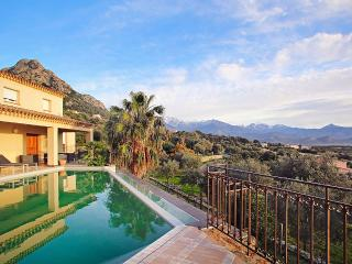 Villa Di Mare, Sleeps 6, Lumio