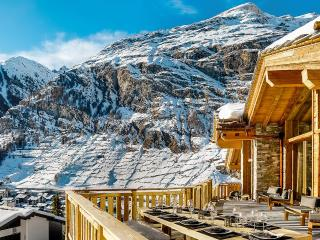 Chalet Les Anges, Sleeps 14, Zermatt