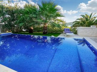 Luxury Villa Sunshine with pool by the sea at the beach close to Trogir - Trogir