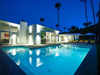 La Paloma Palms, Sleeps 8, Palm Springs