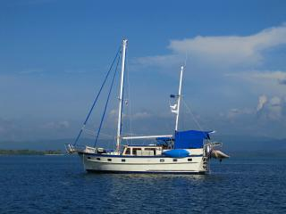 52 ft. crewed sailing yacht Blue Sky San Blas Is., Islas San Blas