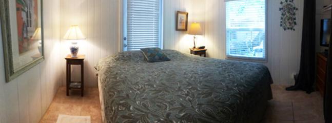 Blue Cottage Master Bedroom - King