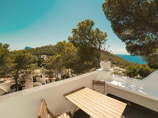 Ocean Ibiza Apartment, Cala Vadella