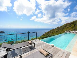The View, Sleeps 8, Anse des Flamands