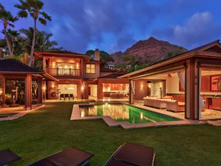 Diamond Head Villa, Sleeps 10, Honolulu