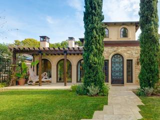 Tuscan Santa Monica, Sleeps 16
